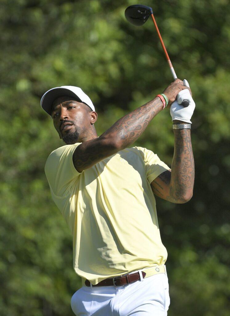 史密斯正式獲得大學高爾夫選手資格詹姆士